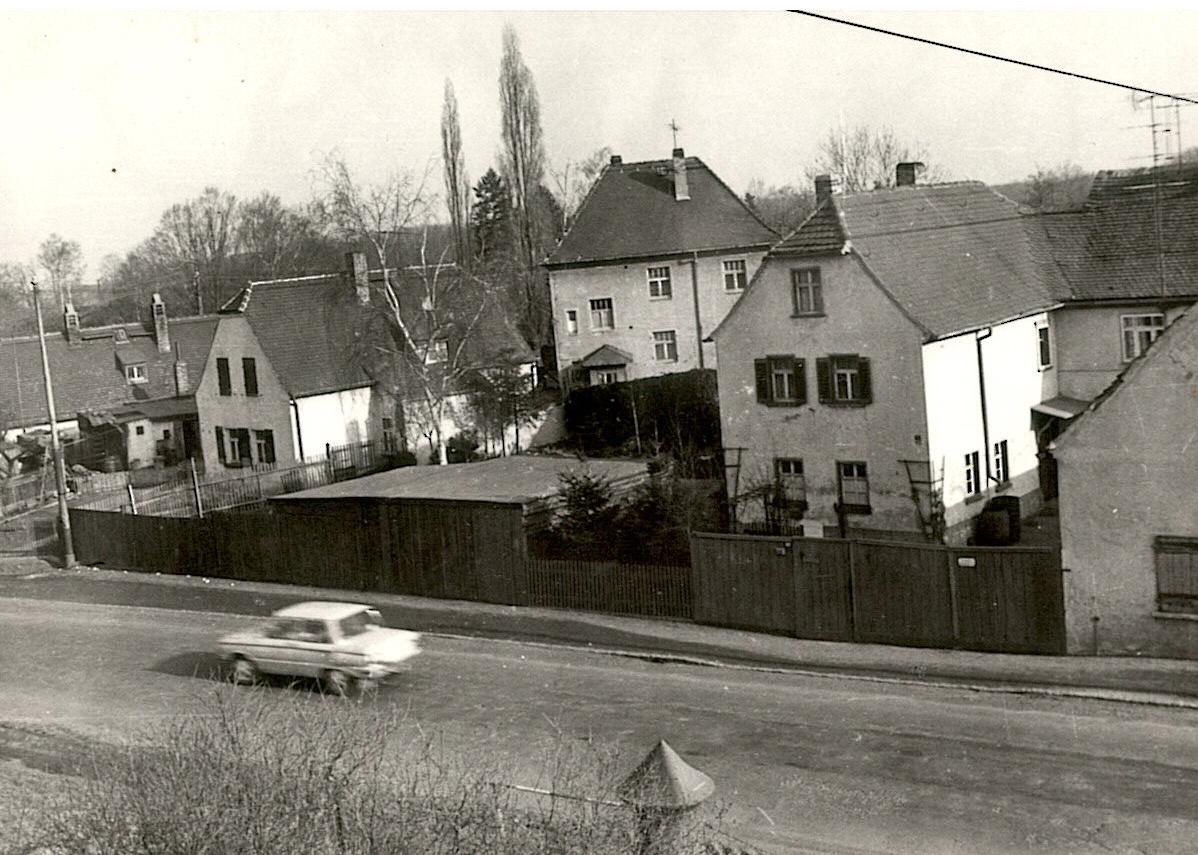 1984 Blick aus der Schule Richtung Kirche