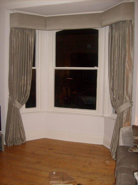 bay window curtain pelmets