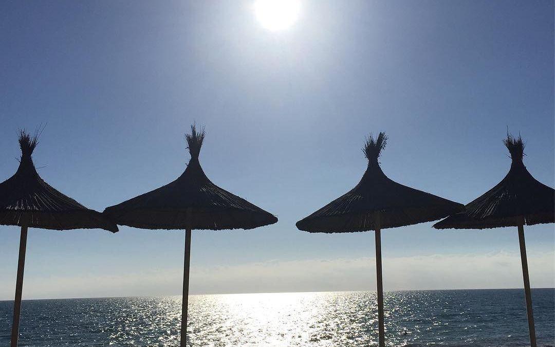 Marbella, 4 peliculas al año, con este sol es posible. Felices Fiestas!