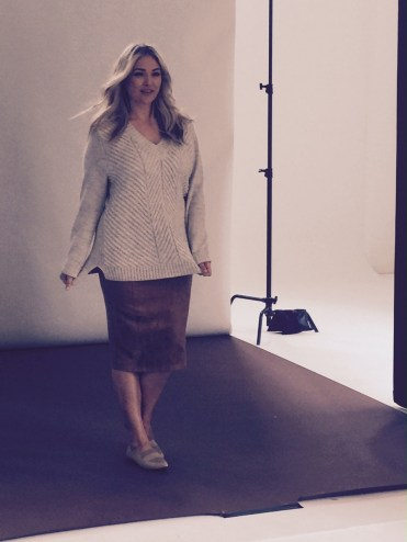We start the shoot off at Mondo Studio, Sydney. I love this sweater and skirt combo and it's so comfortable.