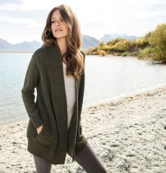 Another cardigan option to pop on - the Emerge Cardigan.