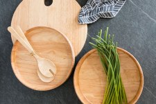 Serving platters are a great way to update your kitchenware - chicken recipes
