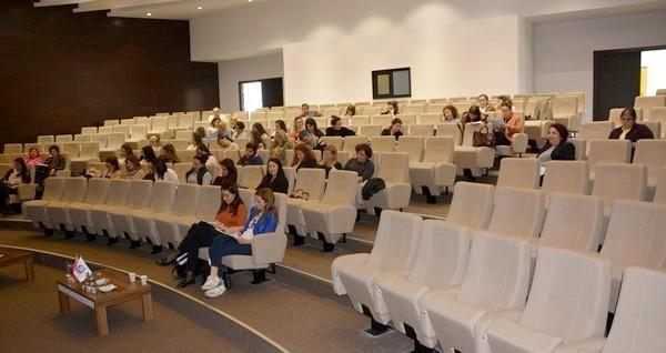 ÇTSO'DA KADIN GİRİŞİMCİ YÖNETİCİ OKULU EĞİTİMLERİNE START VERİLDİ
