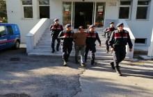 Bayramiç'te cezaevi firarisi çatı katında yakalandı