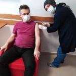 Ezine'de Sağlık Çalışanlarına Aşı Uygulaması Başladı