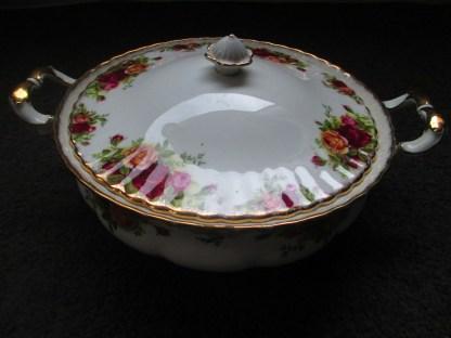vintage royal Albert old country rose tureen