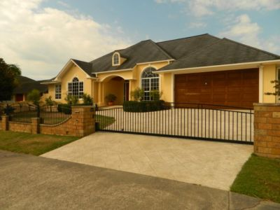 Residential - Open Style - 18