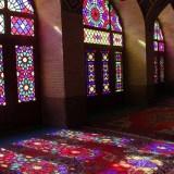 イラン・シーラーズ、ここだけは行きたい「ナシール・モルク・モスク」
