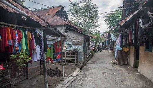スンバワ島のスンバワブサール<インドネシア>