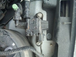 Would anyone be able to tell me where this wire is  Ford