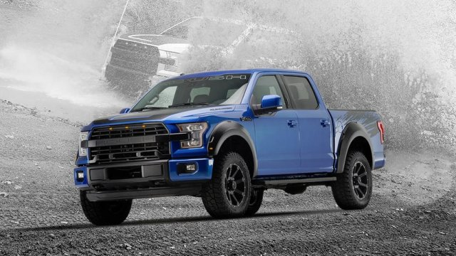 Blue Navigator Lincoln 2014