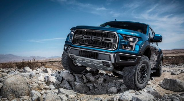 2019 F-150 Raptor Beauty Shot