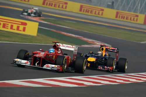 Alonso y Vettel rodando en pista