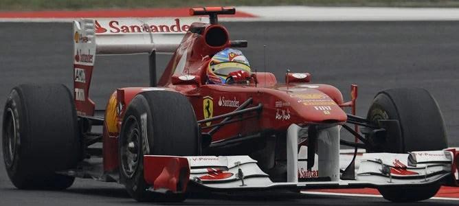 Alonso rodando en los Libres 2 de China