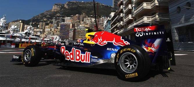 Webber rodando en Mónaco con su Red Bull RB7
