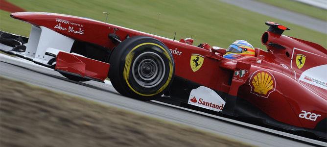 Alonso rodando en los Libres 1 de Nürburgring