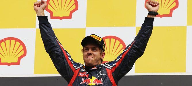 Vettel celebrando su triunfo en Spa-Francorchamps