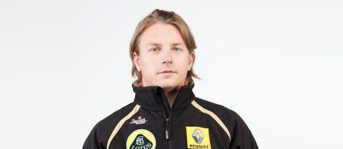 Raikkonen ya viste con el mono de Lotus-Renault