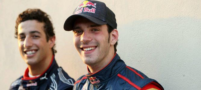 Ricciardo y Vergne, nuevos pilotos titulares de Toro Rosso en 2012