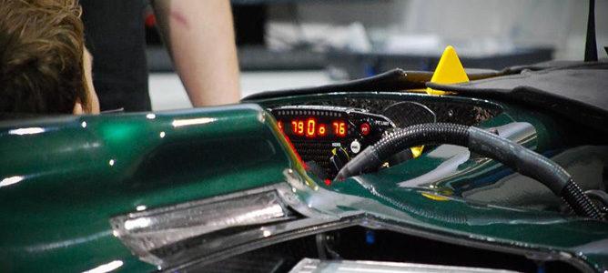 Jarno Trulli dentro del cockpit del CT01