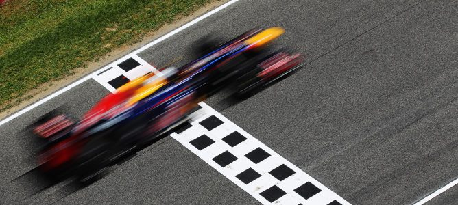 Vettel rodando en pista en los Libres 3