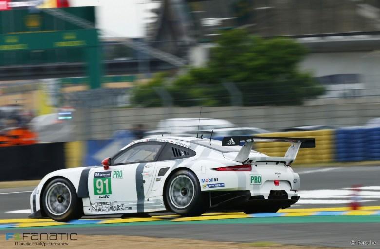 Porsche 911 #91 Richard Lietz/Michael Christensen/Joerg Bergmeister, Le Mans, 2015 · F1 Fanatic