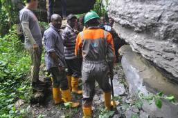 Image result for Chinese Geologists to help Cross River