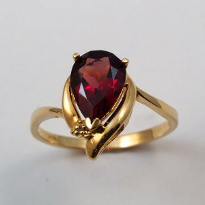 14k Yellow Gold Garnet Ring with Accent Diamond - $378