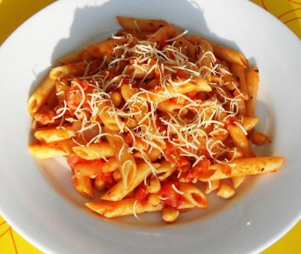Pasta, frugal, staples