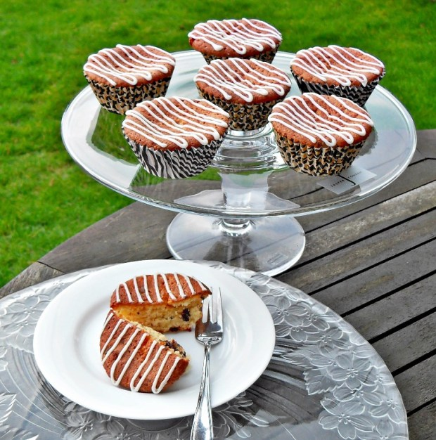 National Marmalade Week, cupcakes, quick, easy, gooey, Jasper Conran glass cake stand, chocolate orange