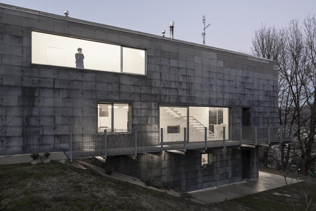 casa nera biennale venezia