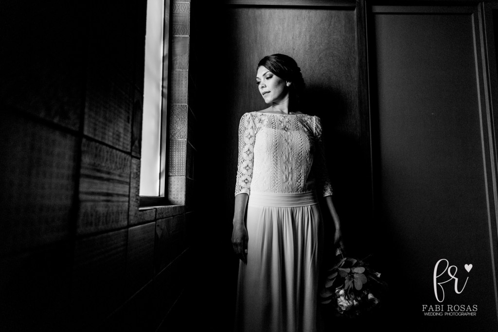 portrait bride at Chileno Cabo