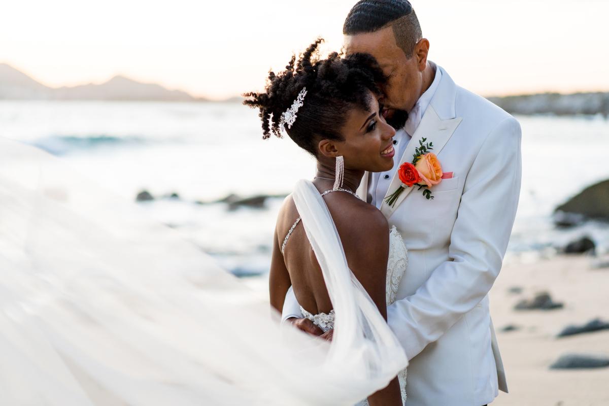 Cabo in love weddings Los Cabos