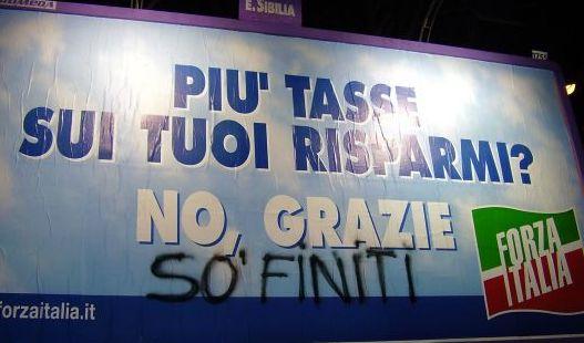 Fuori Berlusconi Fini e Casini