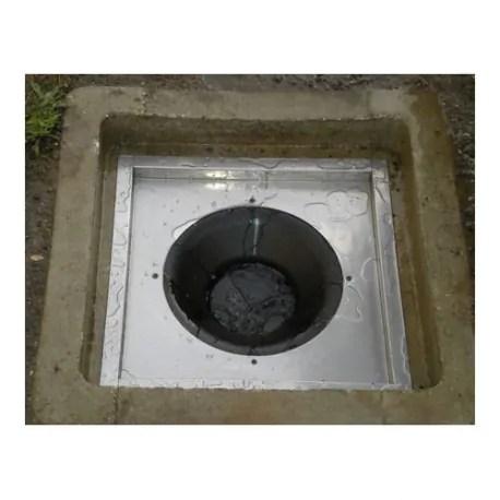 Una trappola antilarva da utilizzare nei tombini condominiali non grigliati (quelli dove non è possibile spruzzare larvicidi , peraltro innocui per l'uomo) .