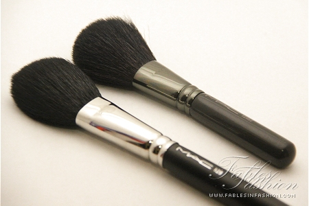 MAC Full Sized Brushes vs MAC Travel Sized Brushes Comparison