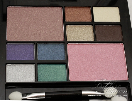 Savvy by DB 10 Color Blush & Eyeshadow Palette
