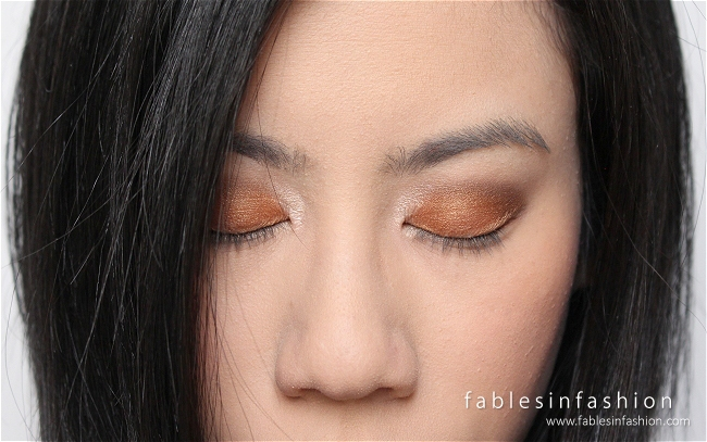 clinique-all-about-shadow-8-pan-wear-everywhere-nudes-05