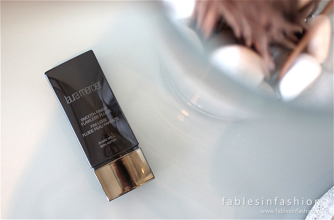 laura-mercier-smooth-finish-flawless-fluide-01