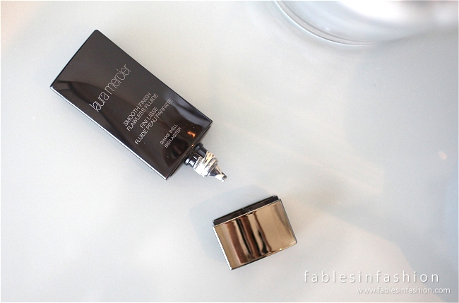 laura-mercier-smooth-finish-flawless-fluide-02