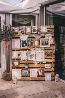 20 Fabulous wedding photo display ideas,wedding photo display ideas reception,unique wedding photo display ideas,wedding photo ideas,display ideas wall