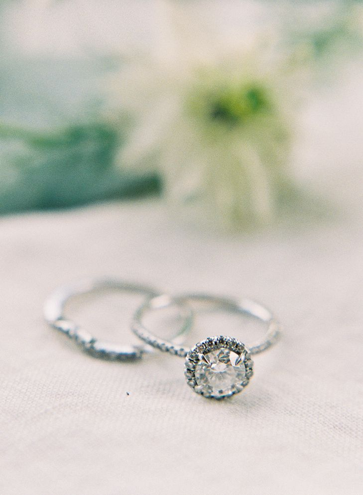 Vintage Engagement Rings That Will Last a Lifetime | fabmood.com | HEATHER PAYNE PHOTOGRAPHY