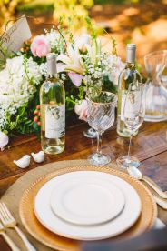 wedding place setting in The Peach Orchard | Photography : marymargaretsmith.com | https://www.fabmood.com/a-cozy-fall-wedding-in-the-peach-orchard #peach #fallwedding