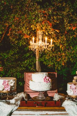 Wedding cake and dessert table - Wedding in The Peach Orchard | Photography : marymargaretsmith.com | https://www.fabmood.com/a-cozy-fall-wedding-in-the-peach-orchard #peach #fallwedding