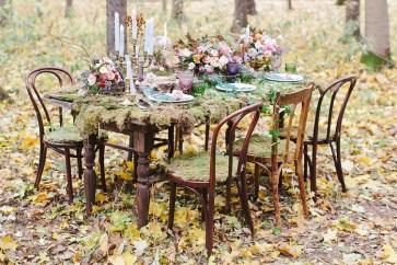 Woodland Wedding Table Setting Ideas