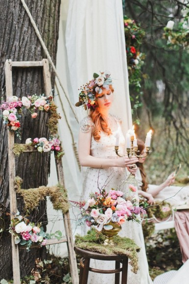 Enchanted-forest-fairytale-wedding-in-shades-of-autumn