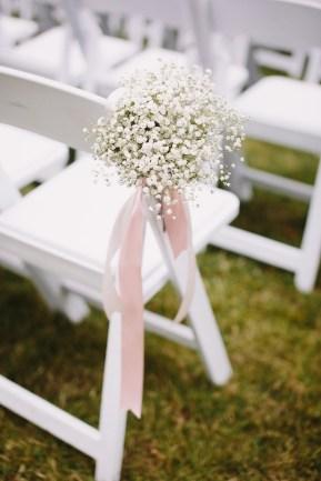 Wedding ceremony aisle decorations | fabmood.com #babybreath #blushwedding
