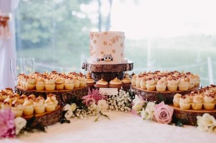 Hayley-Paige-bride-pretty-white-blush-June-wedding (40)