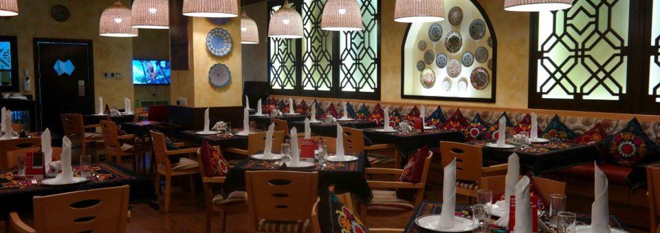 Unde mâncăm ieftin și bine în Dubai? Uchkuduk – restaurant uzbec
