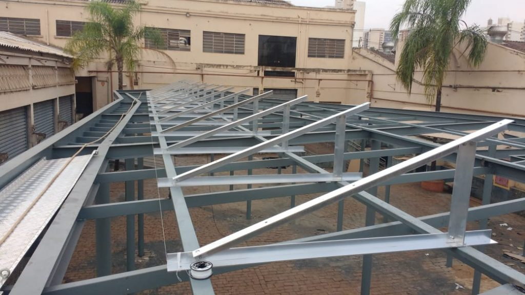 suporte para placa solar   Estrutura triangular Estrutura metálica 1024x576